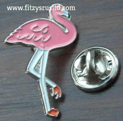 Pink Flamingo Lapel Hat Tie Pin Badge / Bird Lovers Brooch Brand New
